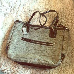 Authentic Coach Shoulder Bag Patent Black Silver